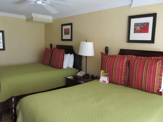 Pier House Resort & Spa : 2 bed room