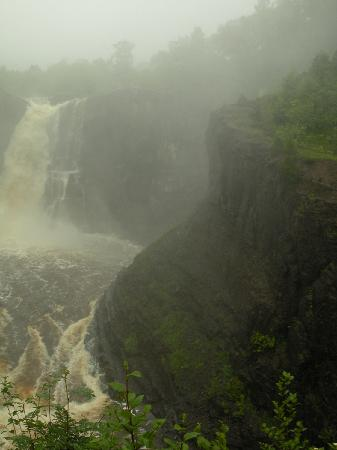 Grand Portage State Park: The falls