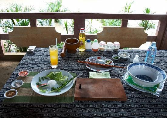 Thuan Tinh Island