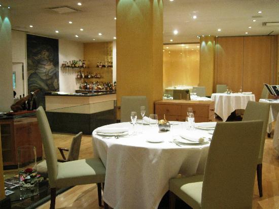 Restaurant massana foto de massana girona tripadvisor for Garcons restaurant singapore