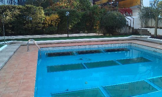 Pool view photo de eurostars araguaney saint jacques de - Piscina santiago de compostela ...