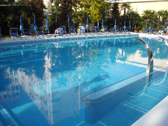 Grand Hotel Trieste & Victoria: Piscine de nage