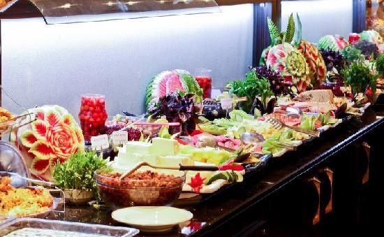Klas Hotel: Open buffet breakfast