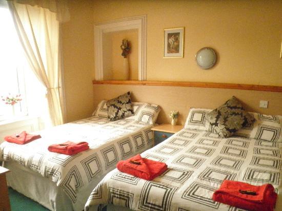 Glendale Guest House: Notre chambre
