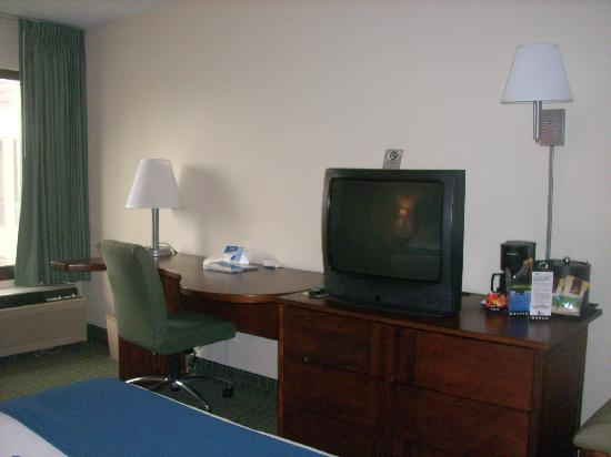 Holiday Inn Express San Jose Airport: Habitación