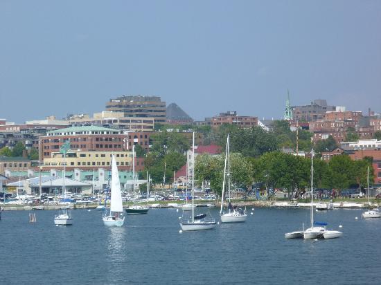 Spirit of Ethan Allen : Ville et port de Burlington
