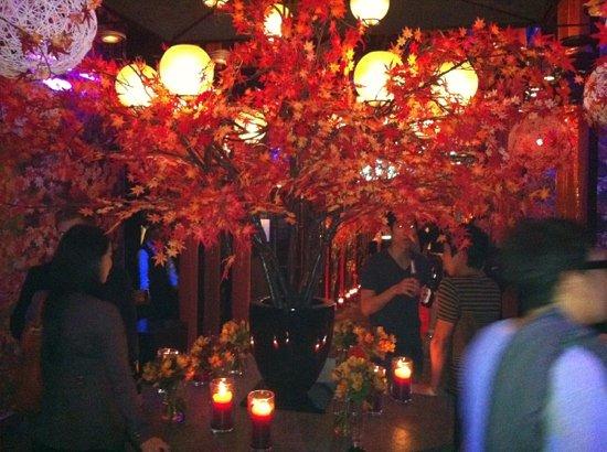 J.J. Mahoney's: autumn festival.