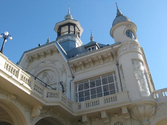 Hotel Villa Julia: museo de arte de tigre