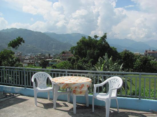 Pokhara Star Inn: Roof Balcony