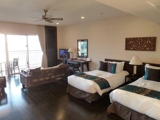 Kafuu Resort Fuchaku Condo Hotel: 室内