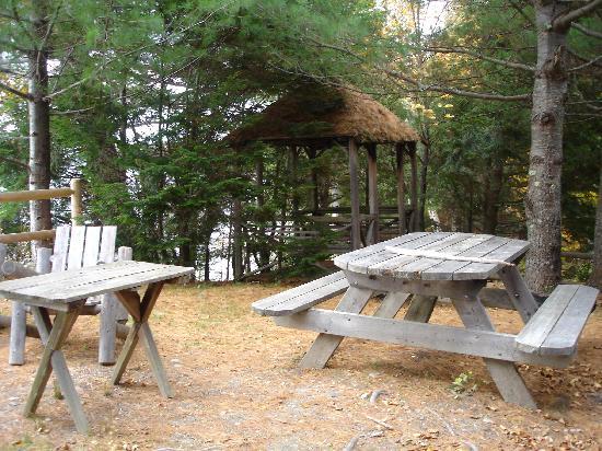 Beaver Cove Camps: Terrassenbereich