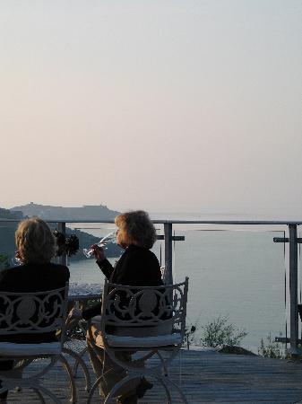 Boskerris Hotel: Evening Drinks