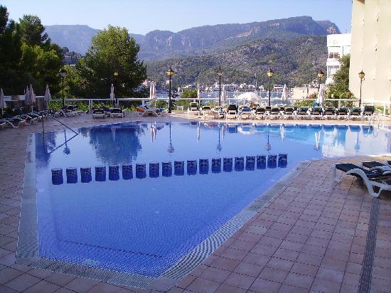 SENTIDO Porto Soller : The Pool