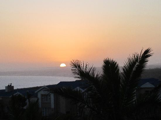 Garden Court Mossel Bay: Sunset from our suite