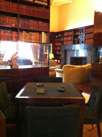 Villa Necchi Campiglio: biblioteca