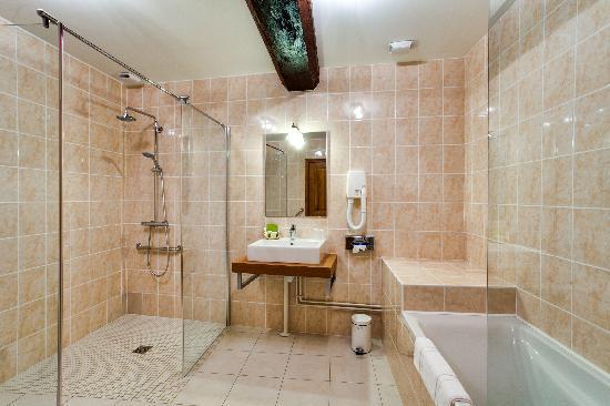 Hotel belle epoque beaune voir les tarifs 112 avis et for Salle de bain belle epoque