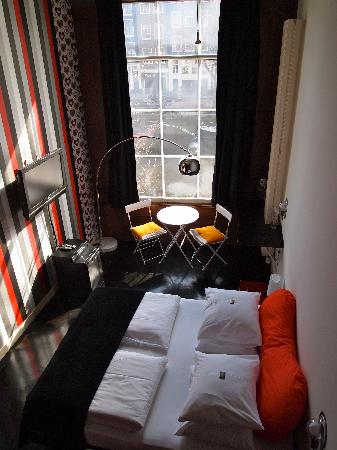 Mauro Mansion: One of the canal rooms