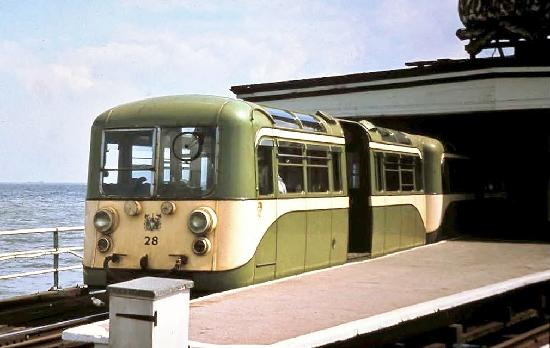 the old green cream electric - The Southend Pier railway