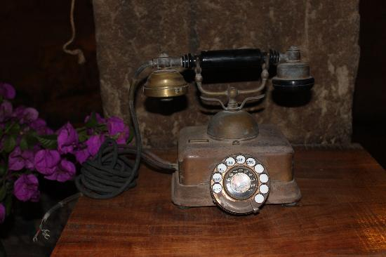 La Confianza Hotel - Lunahuana: Una llamada