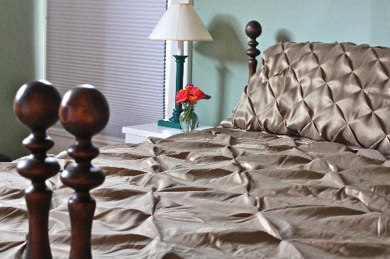 Nestle Inn Bed and Breakfast: Room 1