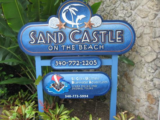 Sand Castle on the Beach: Front Entrance