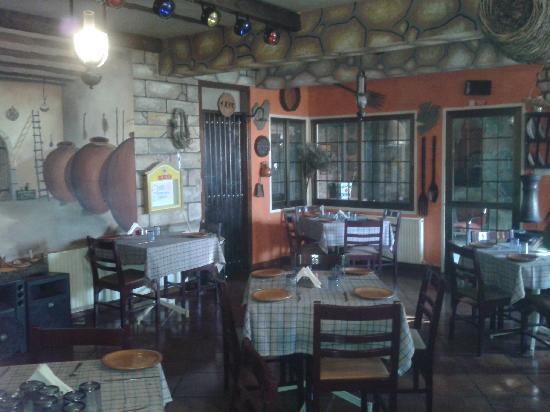 Platres, Chypre : Inneres Raum