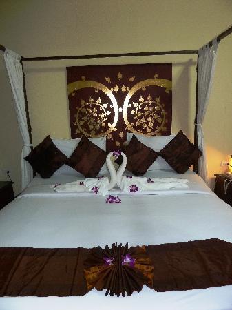Boomerang Village Resort: Our comfy bed