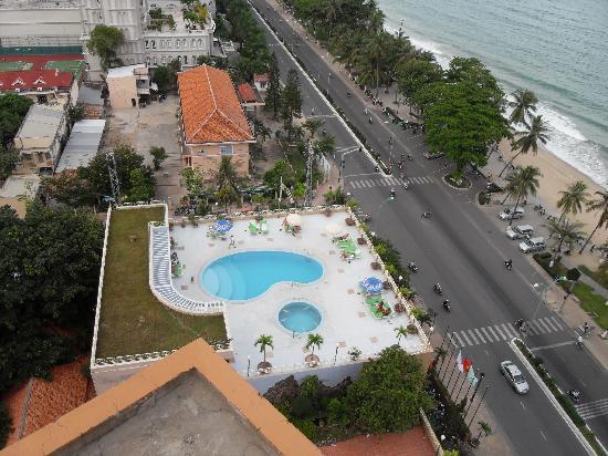 Yasaka Saigon Nha Trang Hotel: Poolen