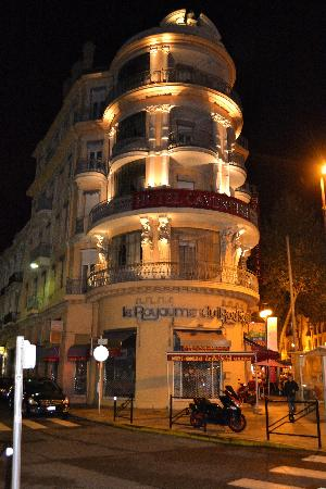 Hotel  Le Cavendish: Hotel at night
