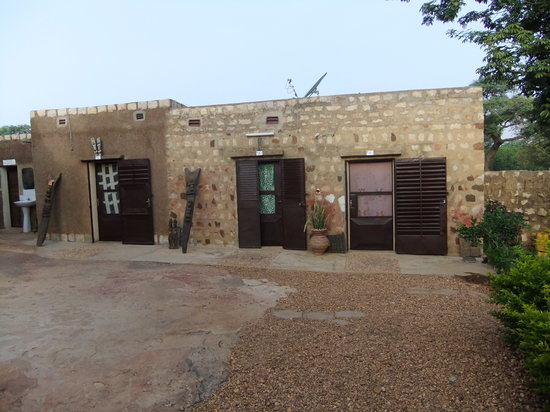Sanga, Mali: Rooms from the courtyard