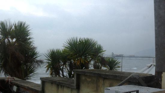 Seagrove Hotel: sea view with balcony