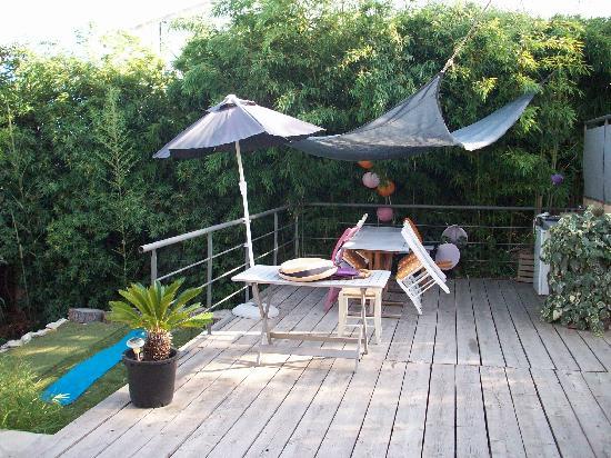 Les Tourterelles: spazio colazione