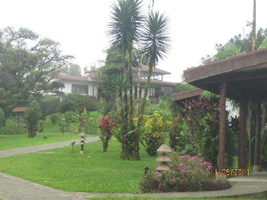 Villa Blanca Cloud Forest Hotel and Nature Reserve: main lodge