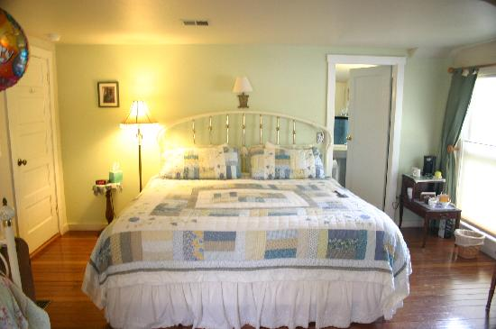 Blue Heron Bed and Breakfast: The Pelican Room