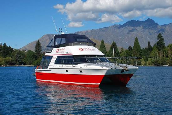 Queenstown Lake Cruise - Southern Discoveries : Queenstown Princess