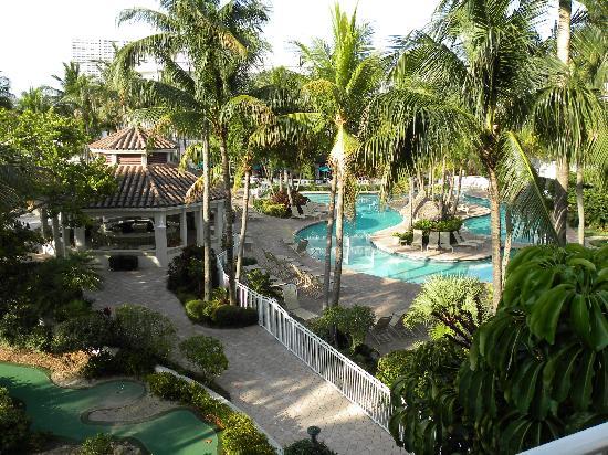 Lago Mar Beach Resort & Club: A great pool area