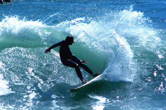 Hamilton & Waikato Region, New Zealand: Surf at Raglan
