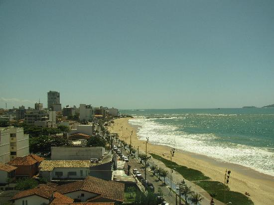 Comfort Suites Macae: Left View