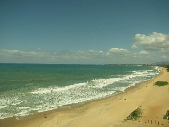 Comfort Suites Macae: Right View