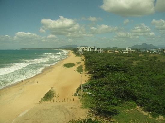 Comfort Suites Macae: Right Side View