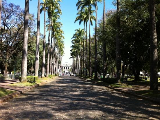 Belo Horizonte, MG: praca da liberdade