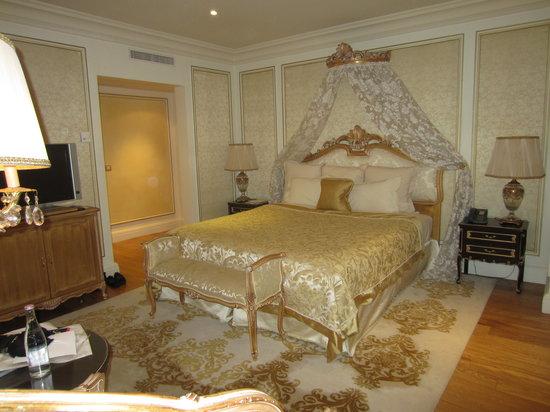 Hotel Balzac: Room 601