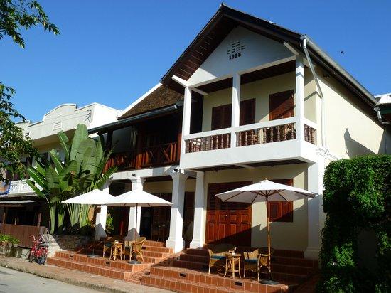 Hotel Villa Deux Rivieres: Exterior