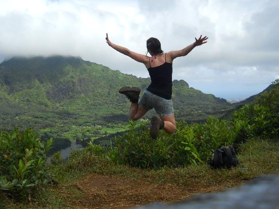 Hostelling International Waikiki: Hiking around Manoa Falls
