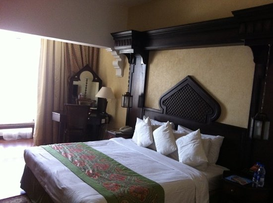 Arabian Courtyard Hotel & Spa: our executive room