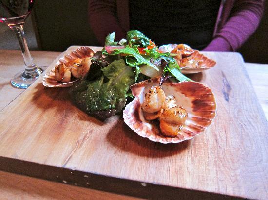 Redcliff Restaurant & Bar : scallop appetizer