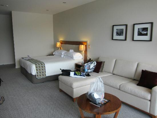 The Rees Hotel & Luxury Apartments: Bedroom area