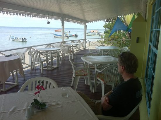Conrado Beach Resort: Restaurant