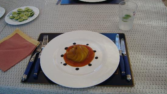 Lion in the Sun Resort: Food always presented beautifully. Even for the diet