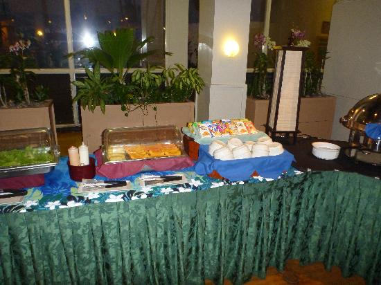 Maui Beach Hotel Food